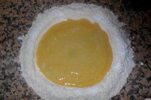Biscotti bicolore aggiunta burro