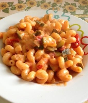 Pasta zucchine e pomodorini_1