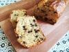 Plumcake integrale con granella di mandorle e gocce di cioccolato fondente